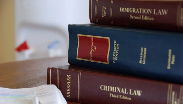 molina-blog-criminal-attorney-consult-with-immigration-attorney_large